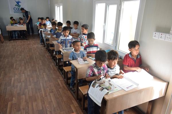 Iraq, a scuola nonostante l'emergenza