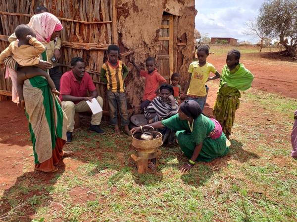 Etiopia, con le stufe migliorate riduciamo l'emissione di anidride carbonica