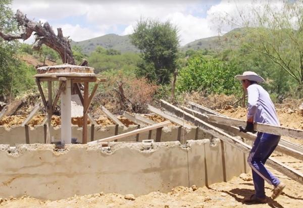 Costruzione cisterne a Cochabamba-Bolivia